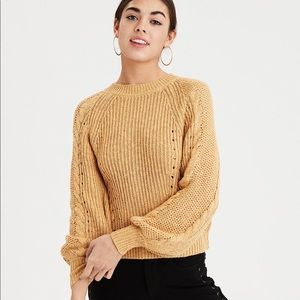 AE Chunky Cable Gold Knit Pullover Sweater Medium